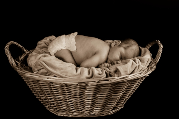 Newborn, infant photography session with Jesse Stephenson Photography